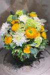 Букет букет с яркими пышными цветами - Букет с ранункулюсами