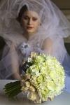 Букет невесты из белых роз - Мадам Де Помпадур
