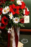 Букет с ромашками и анемонами - Цветы грез