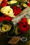Букет из лютиков и эхимеи - Лютики цветочки