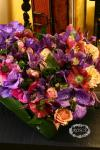 из орхидей, анемон и роз - Незабываемый поцелуй