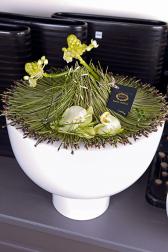 Композиция цветов с жасмином и орхидеей - Секрет