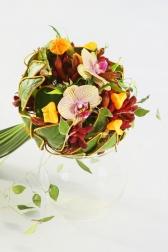 Букет невесты  - Золотой лотос