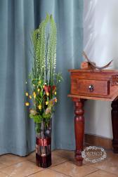 Букет с каллами и гвоздиками - Огни Сандерсонии