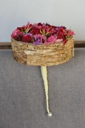 Букет невесты с розами и глориозой - Лесные ягоды