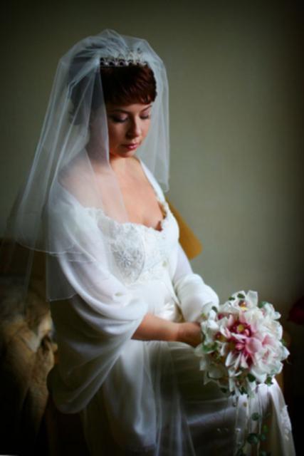 Букет невесты Свадебный букет из орхидей - Ягодный крем