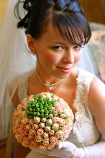 Букет невесты Свадебный букет из роз - Розовый шар