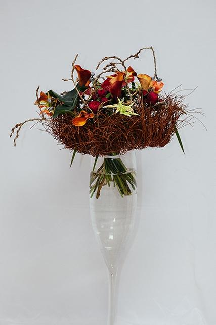 Букет с розами и каллами - Ласточкино гнездо