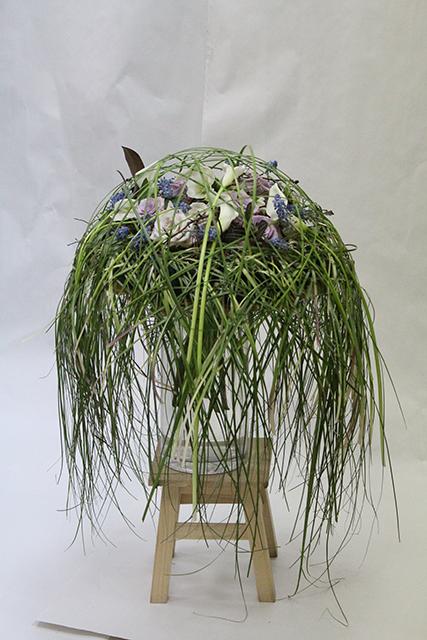 Букет с каллами и орхидеями - Весенние метаморфозы