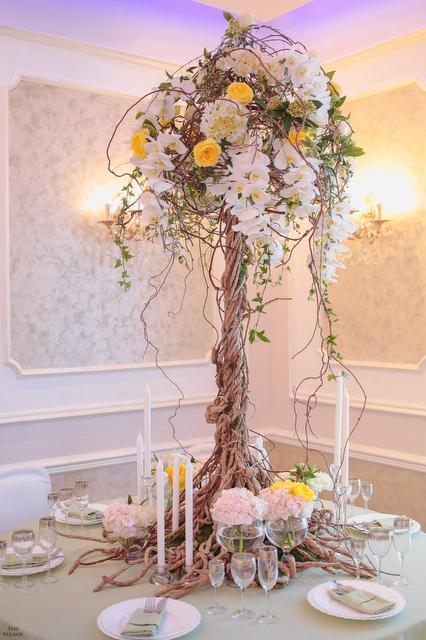 Композиция цветов  - Райское дерево