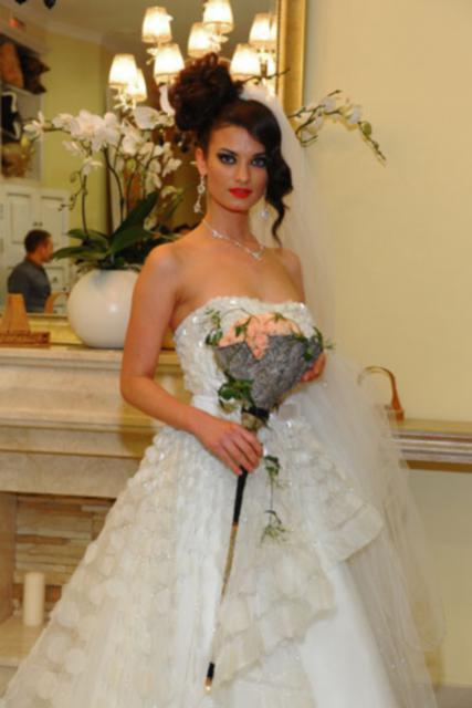 Букет невесты Свадебный букет из роз - Серебряная пыль