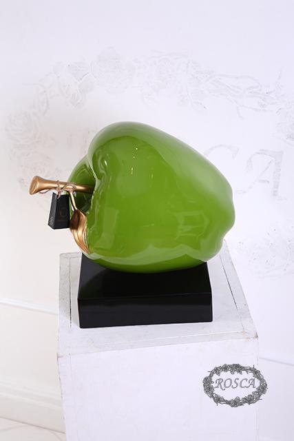 Декоративная статуэтка - Яблоко зеленое
