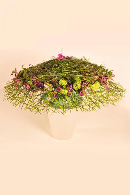 Букет с орхидеями и ирисами - Французская деревня