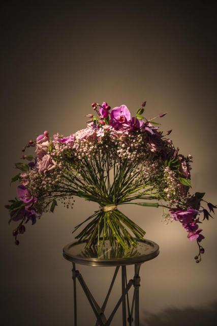 Букет из орхидей и роз - Венецианский веер